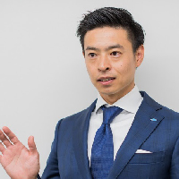 ペレグリン・ウェルス・サービシズ株式会社<br>代表取締役 山口 聰